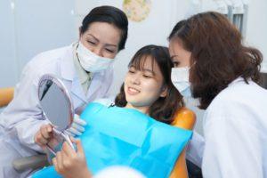 dental-treatment-YY898CP