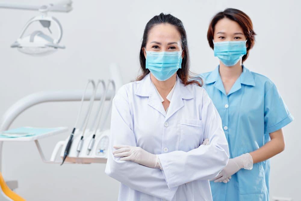 牙齒骨頭被細菌吃掉是發生了什麼事?牙齒骨頭流失該怎麼辦?