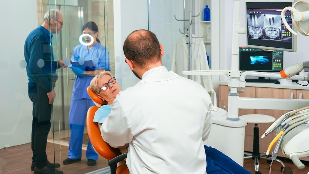 糖尿病可以植牙嗎?糖尿病患者看這裡